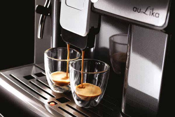 Kavni_aparat_za_pisarno_SAECO_Aulika_top_espresso